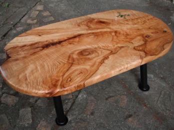 camphor-slab-table