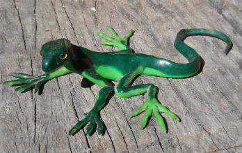 green-fimo-lizard